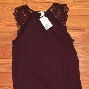NEW H&M Maroon Lace Sleeve Top